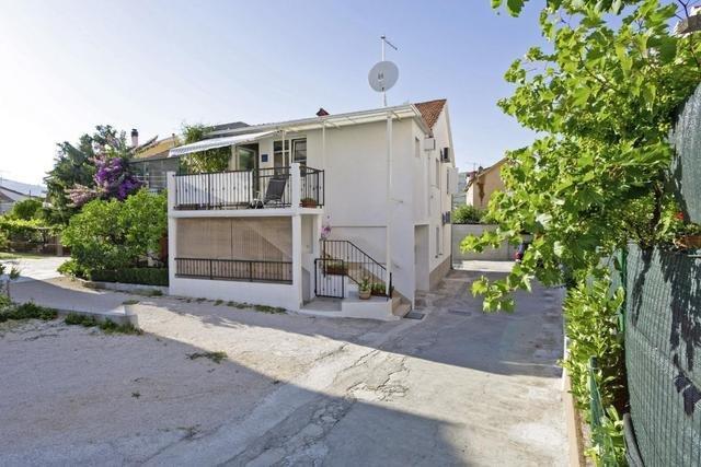 Pauschalreise Hotel Kroatien,     Kroatien - weitere Angebote,     Appartement Tragos in Trogir