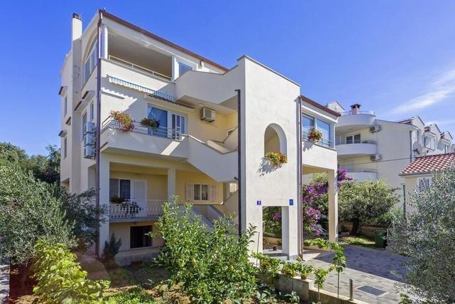 Pauschalreise Hotel Kroatien,     Kroatien - weitere Angebote,     Villa Damir in Petrcane