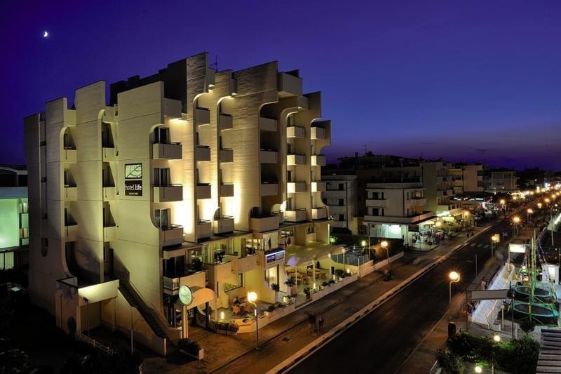 Pauschalreise Hotel Italien,     Italienische Adria,     Life in Viserbella
