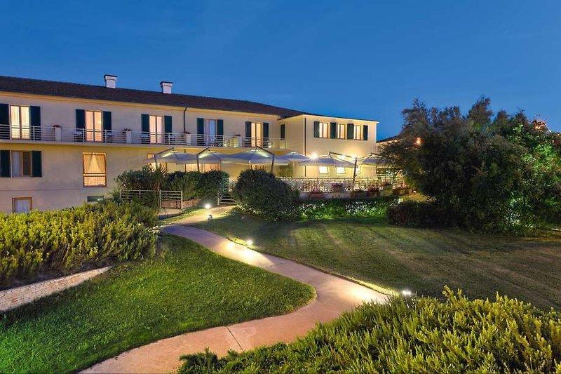 Pauschalreise Hotel Italien,     Toskana - Toskanische Küste,     Tombolo Talasso Resort in Marina di Castagneto