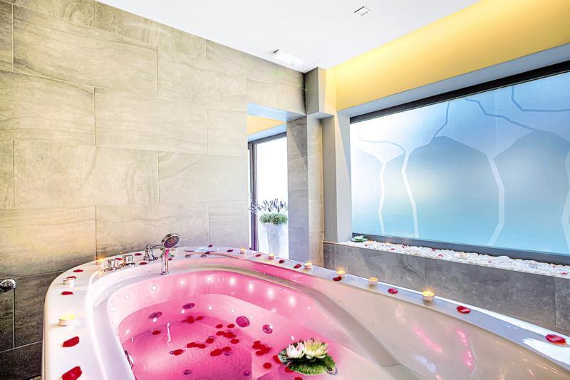 Pauschalreise Hotel Kroatien,     Kroatien - weitere Angebote,     Pinija in Petrcane