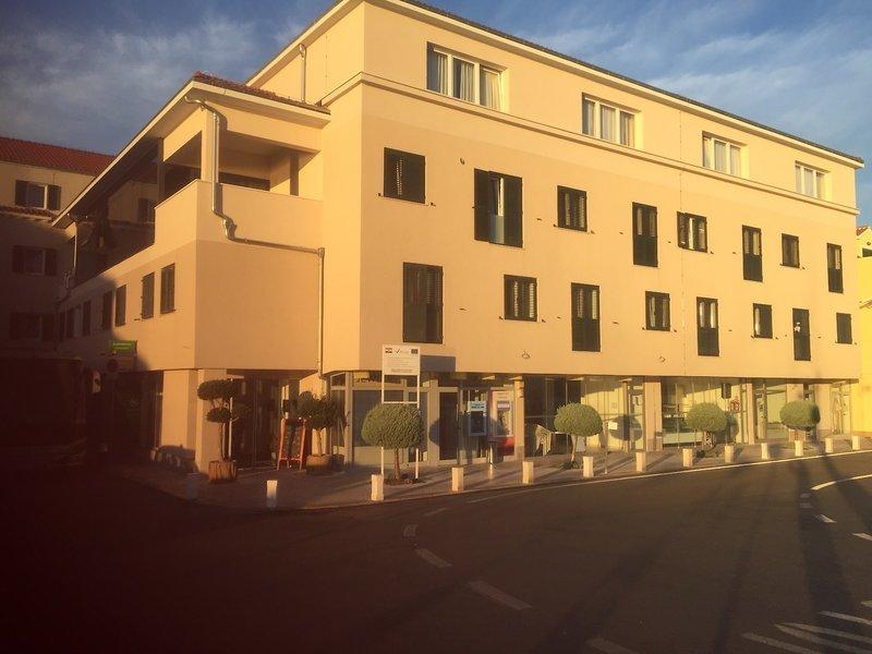 Pauschalreise Hotel Kroatien,     Kroatien - weitere Angebote,     Borovnik in Tisno