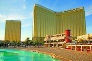 Nevada,     Mandalay Bay Resort & Casino in Las Vegas  ab Saarbrücken SCN
