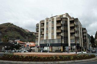 Hotel   Madeira,   Cheerfulway Bravamar Hotel in Ribeira Brava  in Portugal in Eigenanreise