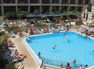 Billige Flüge nach Malta & The Santa Maria Hotel in Bugibba