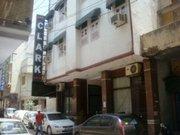 Billige Flüge nach Delhi & Hotel Surya International in Delhi