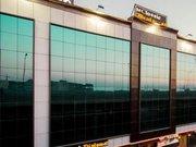 Billige Flüge nach Delhi & Hotel Classic Diplomat in Neu Delhi