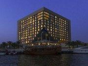 Billige Flüge nach Dubai & Sheraton Dubai Creek Hotel & Towers in Dubai
