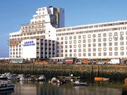 Billige Flüge nach London-Gatwick & Grand Burstin Hotel Folkestone in Folkstone