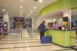 Billige Flüge nach Teneriffa Süd & Hotel DC Xibana Park in Puerto de la Cruz