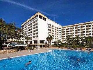 Billige Flüge nach Faro & Alfamar Beach and Sport Resort in Praia da Falesia