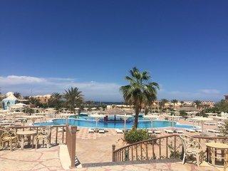 Billige Flüge nach Marsa Alam & Pensee Beach Resort in El Quseir