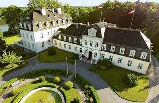 Hotel Deutschland,   Mecklenburg Vorpommern & Seenplatte,   Schloss Groß Plasten in Groß Plasten  in Deutschland Nord in Eigenanreise