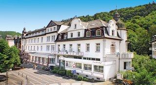 Billige Flüge nach Frankfurt (DE) & Kurhotel Quellenhof in Bad Bertrich