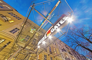 Billige Flüge nach Berlin-Tegel (DE) & Novum Hotel Gates Berlin in Berlin
