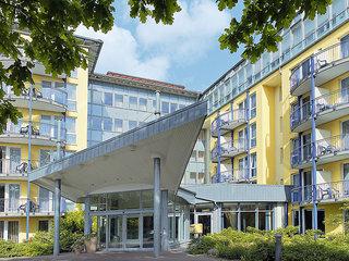 Billige Flüge nach Rostock-Laage (DE) & IFA Rügen Appartements & Suiten in Binz
