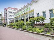 Billige Flüge nach Rostock-Laage (DE) & John Brinckman in Ostseebad Boltenhagen