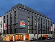 Billige Flüge nach Frankfurt (DE) & Star Inn Hotel Frankfurt Centrum in Frankfurt am Main