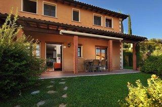 Billige Flüge nach Florenz & Borgo Magliano Resort in Magliano in Toscana