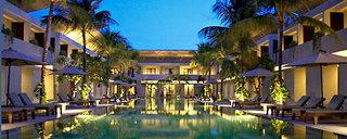 Billige Flüge nach Denpasar (Bali) & Oasis Kuta in Kuta