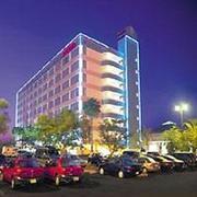 Billige Flüge nach Orlando, Florida & Ramada Gateway Kissimmee in Orlando