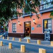Billige Flüge nach Sevilla & Patio de la Alameda in Sevilla