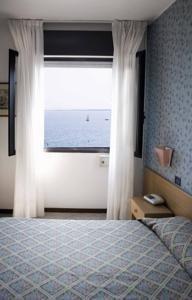 Pauschalreise Hotel Italien,     Gardasee & Oberitalienische Seen,     Aurora in Desenzano del Garda