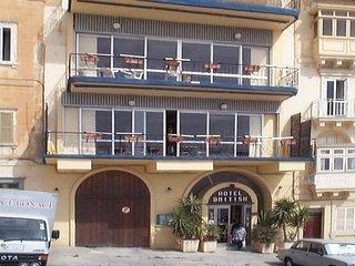 Pauschalreise Hotel Malta, Malta, British Hotel in Valletta  ab Flughafen Frankfurt Airport