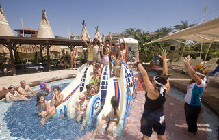 Luxus Hideaway Hotel Türkische Riviera, Crystal Family Resort & Spa in Belek  ab Flughafen Berlin