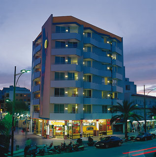 Pauschalreise Hotel Spanien, Costa Brava, Apartaments Sun & Moon in Lloret de Mar  ab Flughafen Berlin-Schönefeld