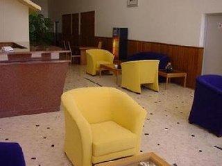 Pauschalreise Hotel Portugal, Algarve, Clube Praia Mar in Portimão  ab Flughafen Bruessel