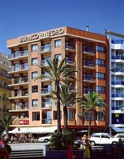 Pauschalreise Hotel Spanien, Costa Brava, Apartamentos Blanco y Negro in Lloret de Mar  ab Flughafen Berlin-Schönefeld