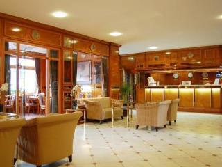 Pauschalreise Hotel Deutschland, Städte West, Centro Hotel Uebachs in Düsseldorf  ab Flughafen Basel