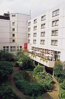 Pauschalreise Hotel Deutschland, Städte West, Ibis Düsseldorf Hauptbahnhof in Düsseldorf  ab Flughafen Berlin-Tegel