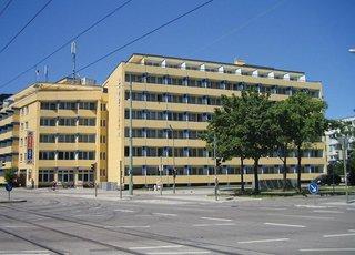 Pauschalreise Hotel Deutschland, Städte Süd, A&O München Hackerbrücke in München  ab Flughafen Bruessel
