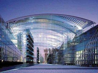 Pauschalreise Hotel Deutschland, Städte Süd, Hilton Airport Munich in München  ab Flughafen Berlin