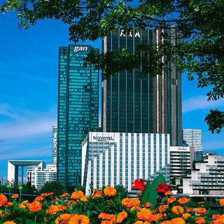 Pauschalreise Hotel Frankreich, Paris & Umgebung, Novotel Paris La Défense in Paris  ab Flughafen Berlin-Schönefeld