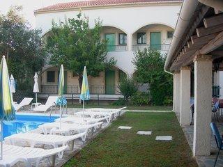 Pauschalreise Hotel Griechenland, Korfu, Villa Karmar Aparthotel in Dassia  ab Flughafen Bremen