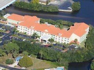 Pauschalreise Hotel USA, Florida -  Westküste, Doubletree Guest Suites Naples in Naples  ab Flughafen Berlin-Tegel