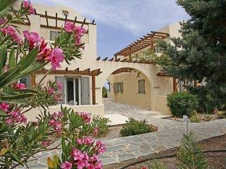 Pauschalreise Hotel Griechenland, Santorin, Thera Mare Hotel in Perissa  ab Flughafen