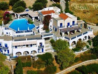 Pauschalreise Hotel Griechenland, Paros (Kykladen), Lefkes Village Hotel in Lefkes  ab Flughafen