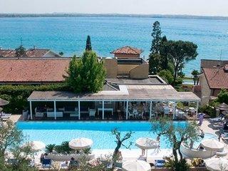Pauschalreise Hotel Italien,     Gardasee & Oberitalienische Seen,     Hotel Olivi Thermae & Natural Spa in Sirmione