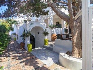Pauschalreise Hotel Griechenland, Santorin, Sellada Beach in Perissa  ab Flughafen