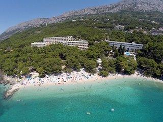 Pauschalreise Hotel Kroatien, Kroatien - weitere Angebote, Bluesun Hotel Maestral in Brela  ab Flughafen Düsseldorf