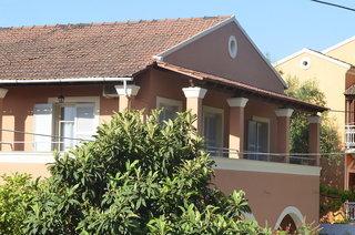 Pauschalreise Hotel Griechenland,     Korfu,     Dominoes Hotel Apartments in Ypsos