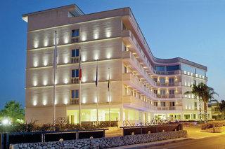 Pauschalreise Hotel Italien, Apulien, Grand dei Cavalieri in Maruggio  ab Flughafen Düsseldorf