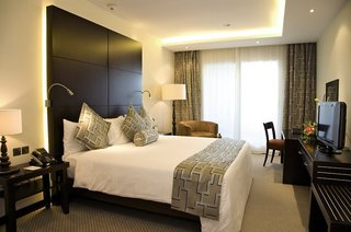 Pauschalreise Hotel Vereinigte Arabische Emirate, Abu Dhabi, Mafraq Hotel in Abu Dhabi  ab Flughafen Berlin-Tegel