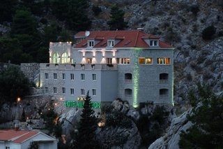 Pauschalreise Hotel Kroatien, Kroatien - weitere Angebote, Villa Dvor in Omis  ab Flughafen Basel