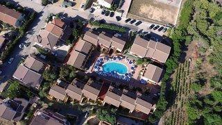 Pauschalreise Hotel Italien, Sardinien, Residence Le Onde in Badesi  ab Flughafen Bruessel