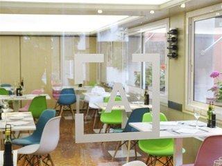 Pauschalreise Hotel Spanien, Barcelona & Umgebung, Tres Torres Atiram in Barcelona  ab Flughafen Berlin-Schönefeld